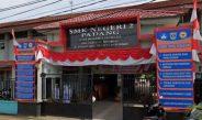 Di Padang, Siswa Nonmuslim Diwajibkan Pakai Jilbab, Mendikbud Angkat Bicara