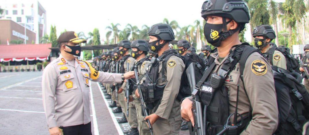 Bantu Perkuat Pengamanan, 100 Personel Brimob Polda Riau Diberangkatkan ke Papua